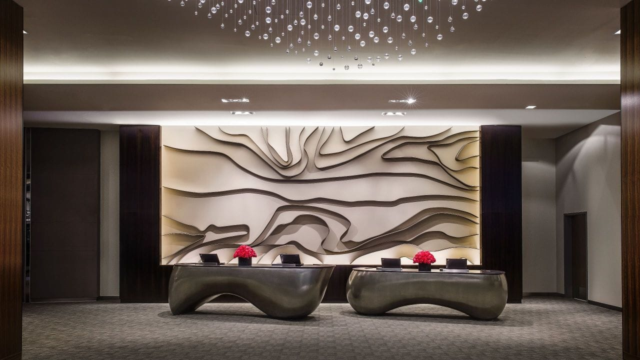 Hyatt-Regency-Tysons-Corner-Center-P025-Reception.16x9.adapt.1280.720